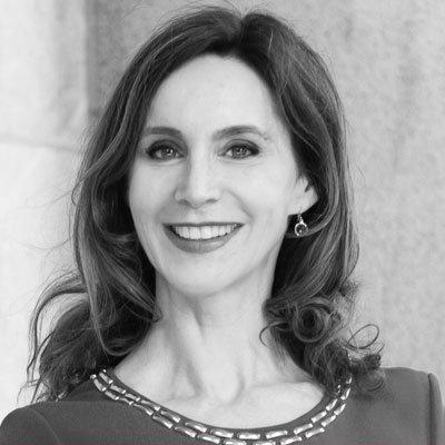 Prof. Dr. Anabel Ternès von Hattburg